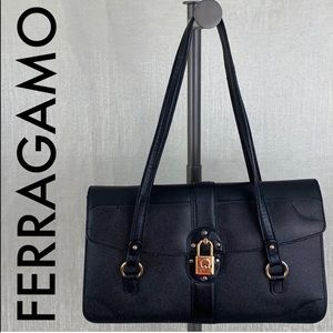 👑 SALVATORE FERRAGAMO LEATHER SHOULDER BAG 💯AUTH